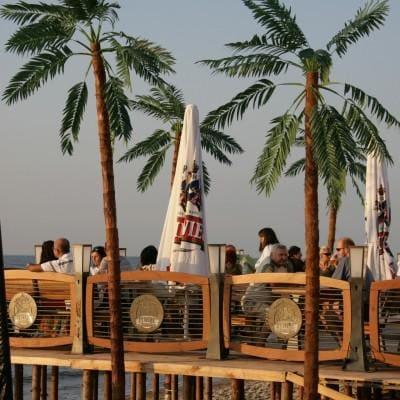restauracja nad morzem w Rowach